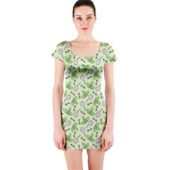 Bees And Green Clover Short Sleeve Bodycon Dress