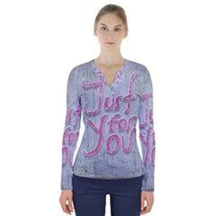 Letters Quotes Grunge Style Design V Neck Long Sleeve Top