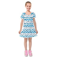 Baby Blue Chevron Grunge Kids  Short Sleeve Velvet Dress