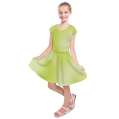 Green Soft Springtime Gradient Kids  Short Sleeve Dress