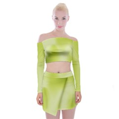 Green Soft Springtime Gradient Off Shoulder Top With Skirt Set