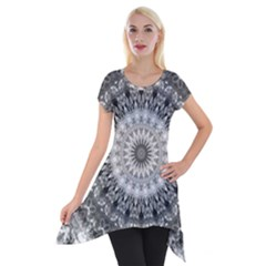 Feeling Softly Black White Mandala Short Sleeve Side Drop Tunic