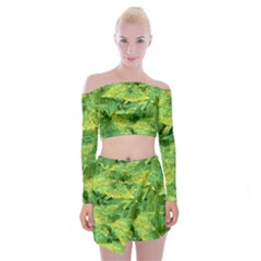 Green Springtime Leafs Off Shoulder Top With Skirt Set