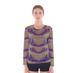 Pearl Lace And Smiles In Peacock Style Women s Long Sleeve Tee