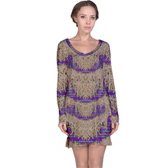 Pearl Lace And Smiles In Peacock Style Long Sleeve Nightdress