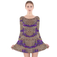 Pearl Lace And Smiles In Peacock Style Long Sleeve Velvet Skater Dress