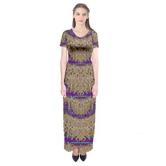 Pearl Lace And Smiles In Peacock Style Short Sleeve Maxi Dress