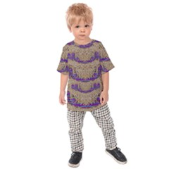 Pearl Lace And Smiles In Peacock Style Kids Raglan Tee
