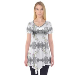 Floral Collage Pattern Short Sleeve Tunic