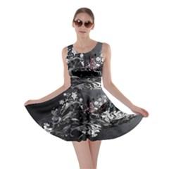 Shape Pattern Light Color Line Skater Dress