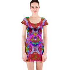 Fantasy   Florals  Pearls In Abstract Rainbows Short Sleeve Bodycon Dress