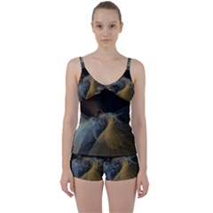 Background Blurred Lines Tie Front Two Piece Tankini