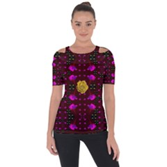 Roses In The Air For Happy Feelings Short Sleeve Top