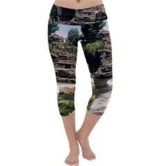 Tanah Lot Bali Indonesia Capri Yoga Leggings