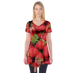 Strawberries Berries Fruit Short Sleeve Tunic