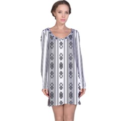 Folklore Pattern Long Sleeve Nightdress