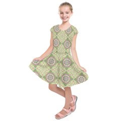 Oriental Pattern Kids  Short Sleeve Dress