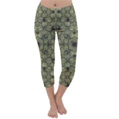 Stylized Modern Floral Design Capri Winter Leggings