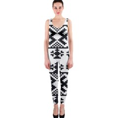 Model Traditional Draperie Line Black White Triangle Onepiece Catsuit