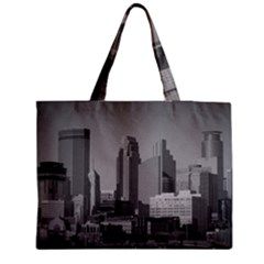 Minneapolis Minnesota Skyline Zipper Medium Tote Bag