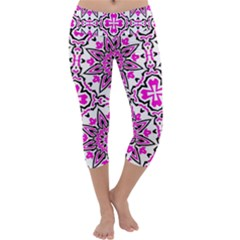 Oriental Pattern Capri Yoga Leggings