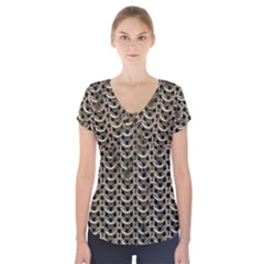 Sparkling Metal Chains 01a Short Sleeve Front Detail Top