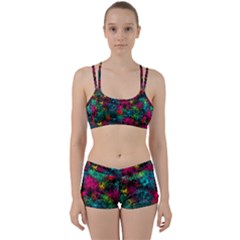 Squiggly Abstract B Women s Sports Set