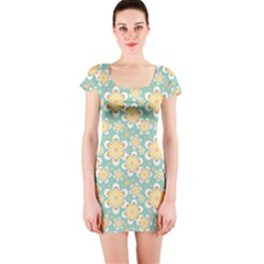 Seamless Pattern Blue Floral Short Sleeve Bodycon Dress