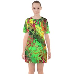 Awesome Fractal 35i Sixties Short Sleeve Mini Dress