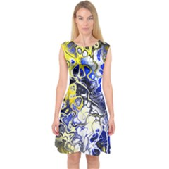 Awesome Fractal 35a Capsleeve Midi Dress