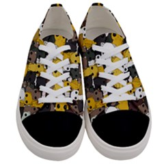 Cute Cats Pattern Women s Low Top Canvas Sneakers