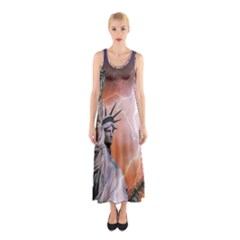 Statue Of Liberty New York Sleeveless Maxi Dress
