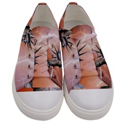 Statue Of Liberty New York Women s Low Top Canvas Sneakers