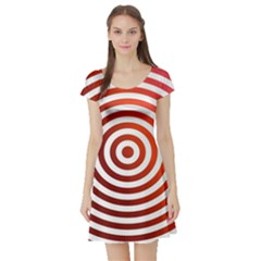 Concentric Red Rings Background Short Sleeve Skater Dress