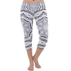 Mandala Pattern Floral Capri Yoga Leggings