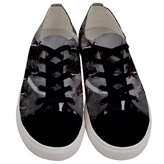 Awesome Wild Black Horses Running In The Night Men s Low Top Canvas Sneakers