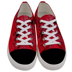 Red Roses Love Floral Elegant Chic Rose Photography Women s Low Top Canvas Sneakers