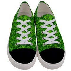 Shamrock Clovers Green Irish St  Patrick Ireland Good Luck Symbol Women s Low Top Canvas Sneakers