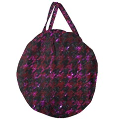 Houndstooth1 Black Marble & Burgundy Marble Giant Round Zipper Tote