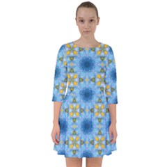 Blue Nice Daisy Flower Ang Yellow Squares Smock Dress