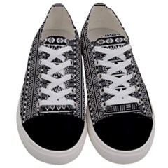 Aztec Influence Pattern Women s Low Top Canvas Sneakers