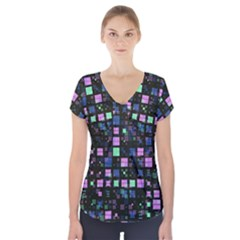 Small Geo Fun B Short Sleeve Front Detail Top