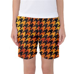 Houndstooth1 Black Marble & Fire Women s Basketball Shorts