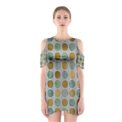 Green And Golden Dots Pattern                            Women s Cutout Shoulder Dress