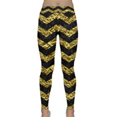 Chevron3 Black Marble & Gold Foil Classic Yoga Leggings