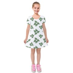 Nature Motif Pattern Design Kids  Short Sleeve Velvet Dress