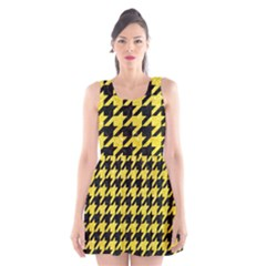 Houndstooth1 Black Marble & Gold Glitter Scoop Neck Skater Dress