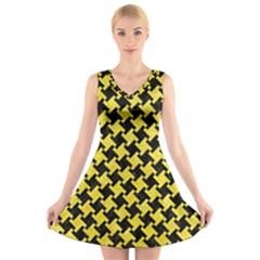 Houndstooth2 Black Marble & Gold Glitter V Neck Sleeveless Skater Dress