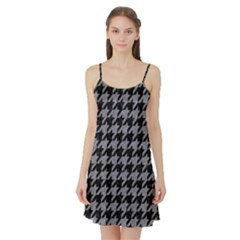 Houndstooth1 Black Marble & Gray Colored Pencil Satin Night Slip