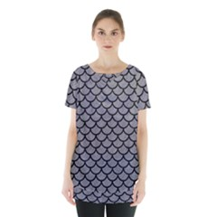 Scales1 Black Marble & Gray Colored Pencil (r) Skirt Hem Sports Top